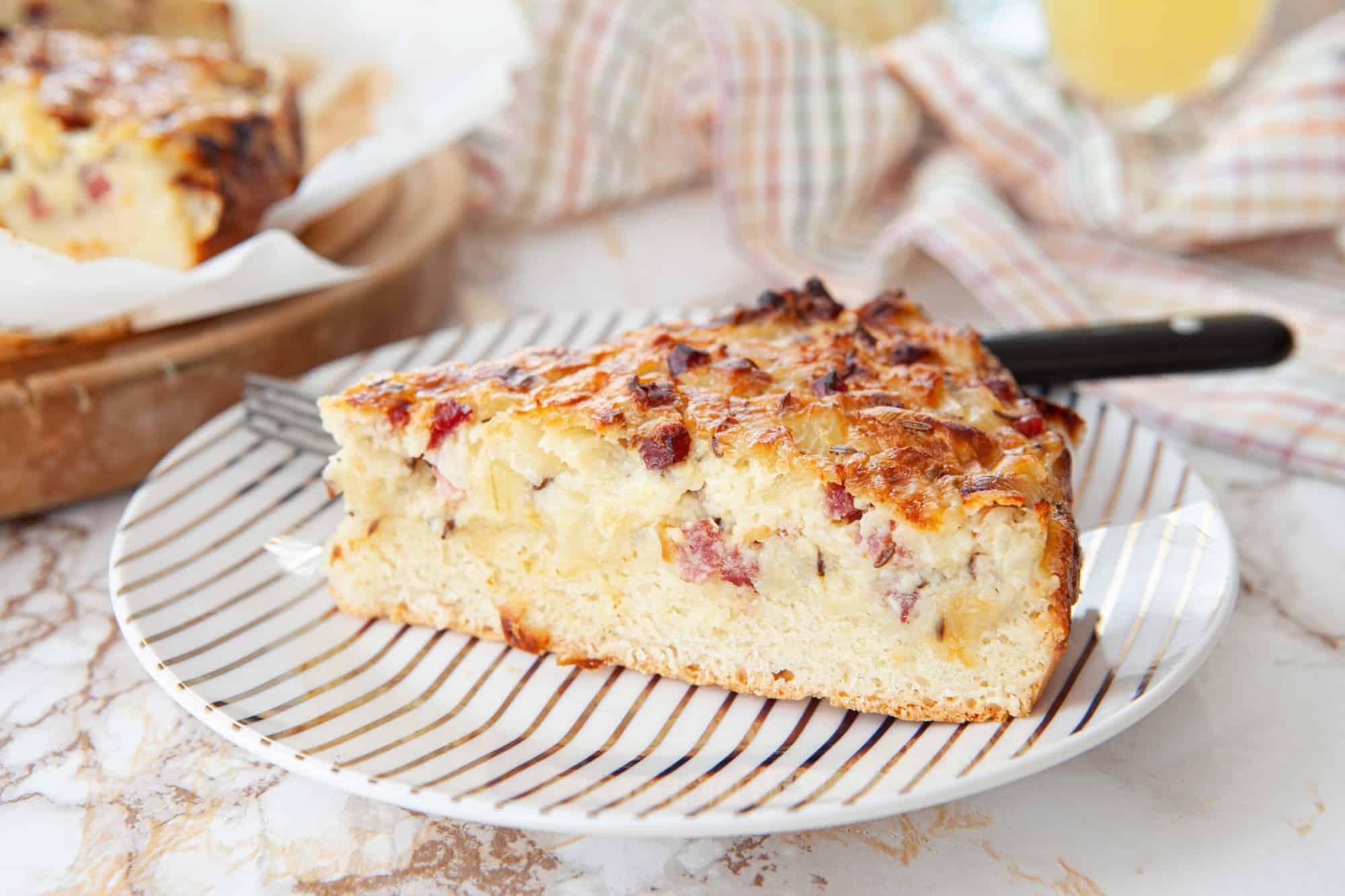Savoury onion cake